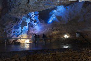 Grotte tourisme Jura